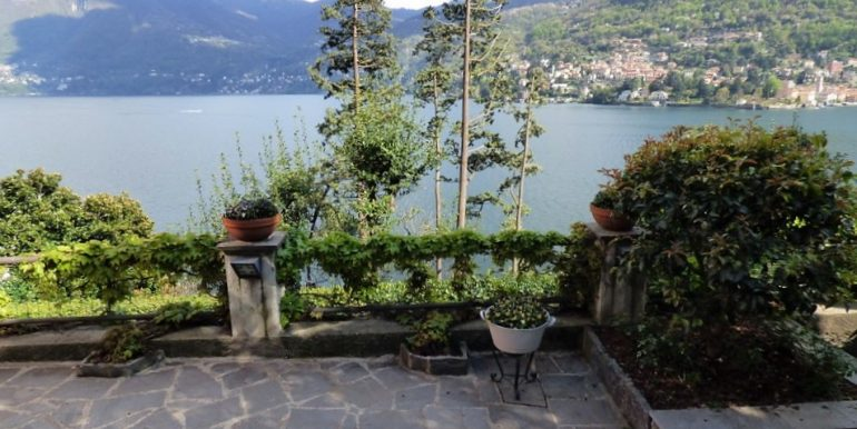 Moltrasio Front Lake with garden and lake view