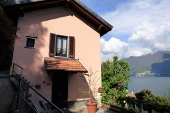 Moltrasio Front Lake House with garden and lake view