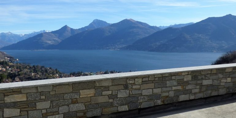 Menaggio Detached Stone Villa with Lake View
