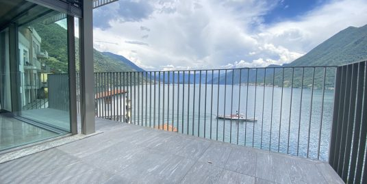 Apartments Argegno with Lake Como view