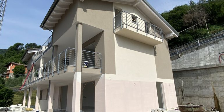 Apartments Domaso Residence with Swimming Pool and lake view