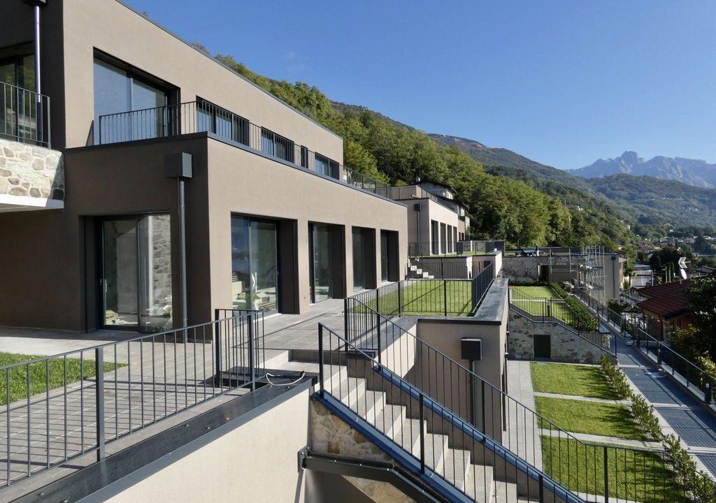 Apartments  Residence with Swimming Pool Lake Como Gera Lario  - lift