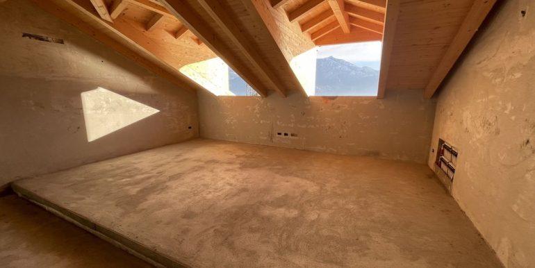 Menaggio Lake Como Apartments in Period Villa - attic