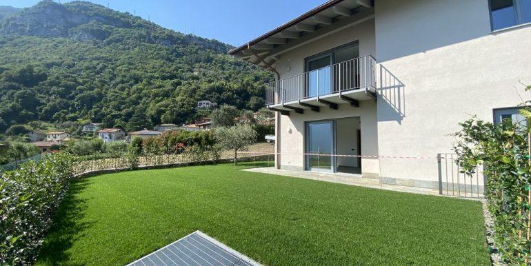 Lake Como Tremezzina Apartments with pool - private garden