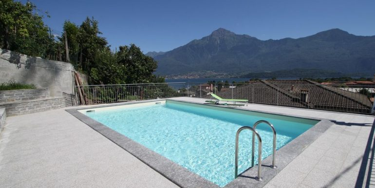 Apartment Domaso with pool