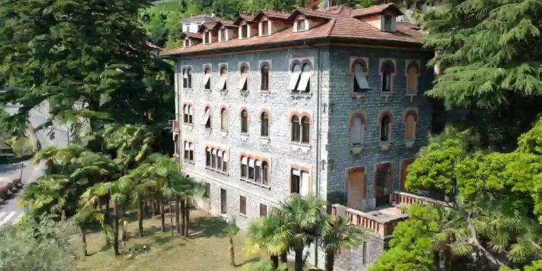 Menaggio Lake Como Apartments in Period Villa - luxury finishes