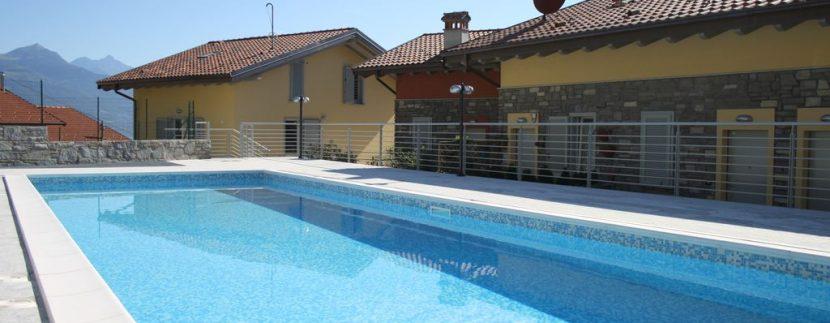 Apartments Pianello del Lario with garage