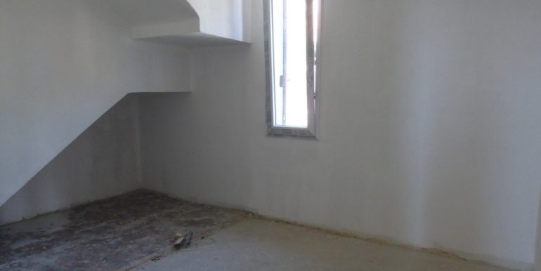 Argegno apartment - room with window