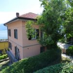 Argegno apartment with terrace, balcony and garden