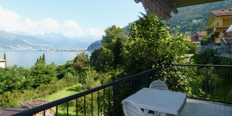 Lake Como Bellano Apartment with Lake View Sunny location