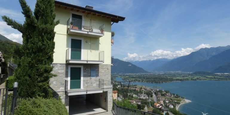 Apartment with Terrace and Lake View Gera Lario lovely views