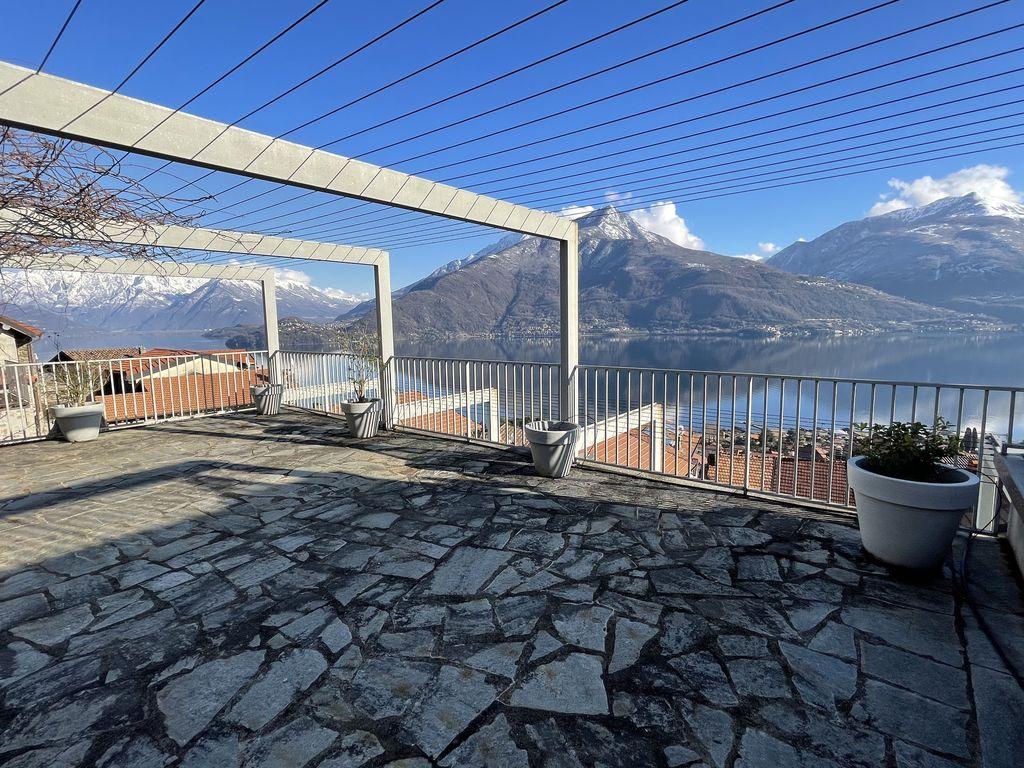 Apartment Residence with Pool Lake Como Pianello Lario