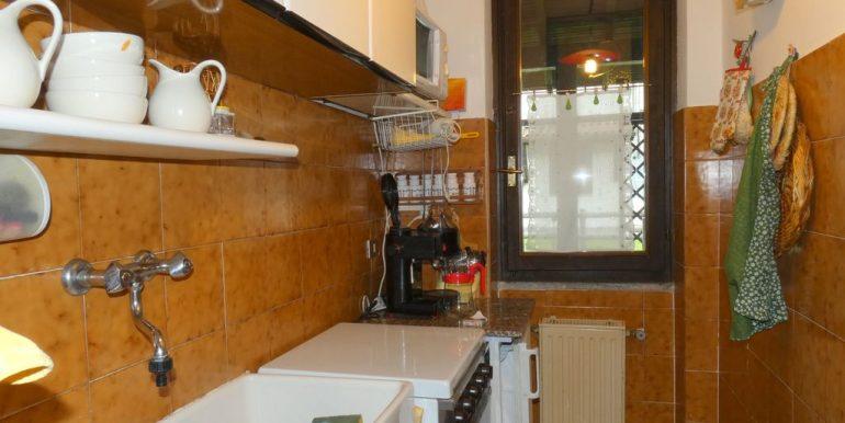 Apartment Domaso  - kitchen area