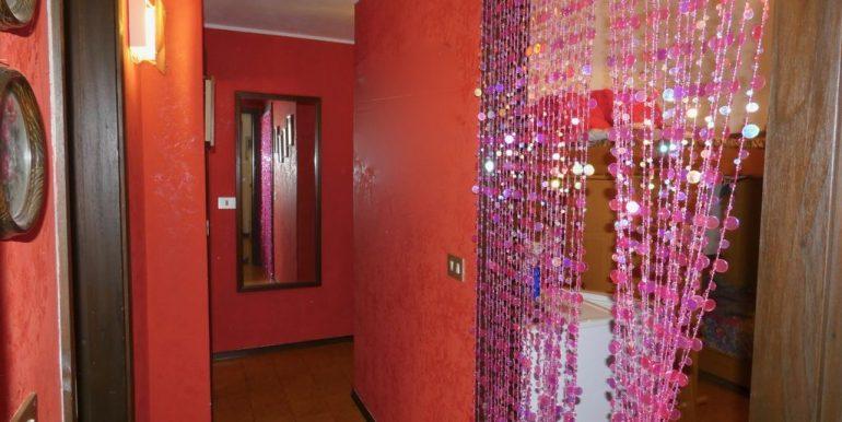 Apartment Domaso - corridor photo