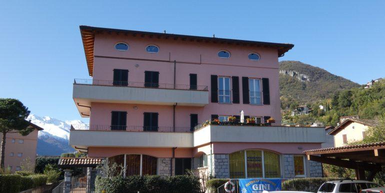 Apartment Domaso Lake Como sunny location