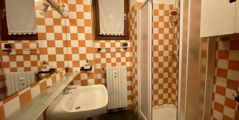 Apartment Directly on Lake Como Domaso - bathroom