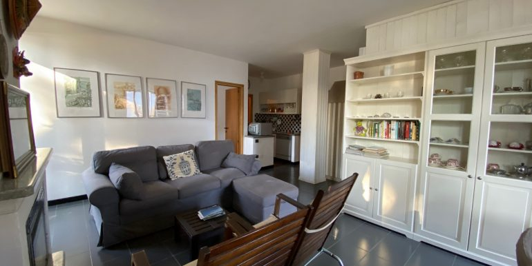 Apartment Directly on Lake Como Domaso - fireplace