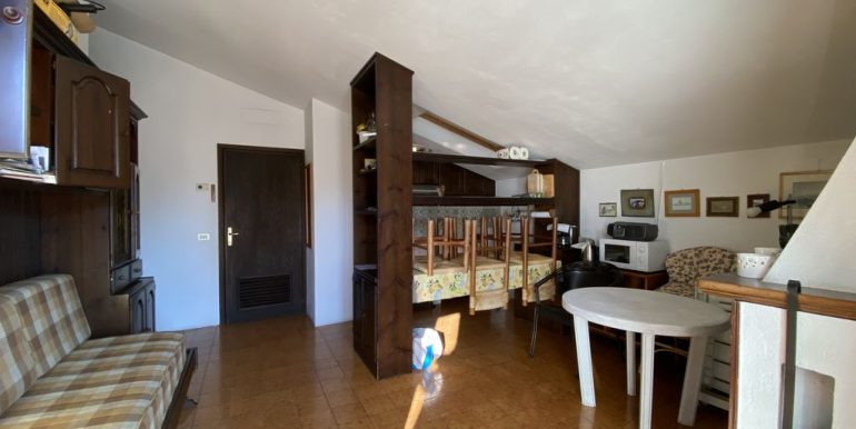 Domaso Apartment Direct Access to the Lake - living