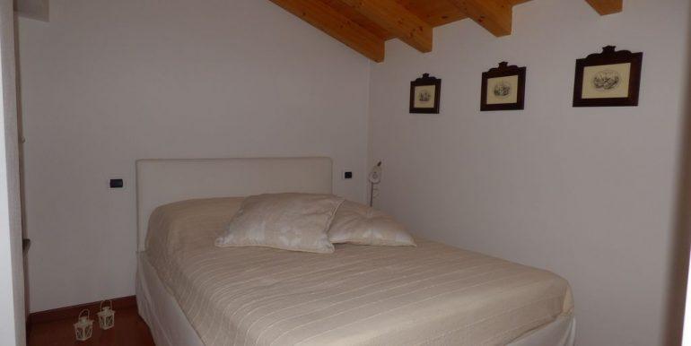 Apartment Domaso - Double bedroom