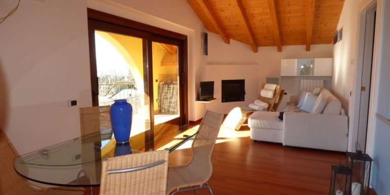 Apartment Domaso peaceful location