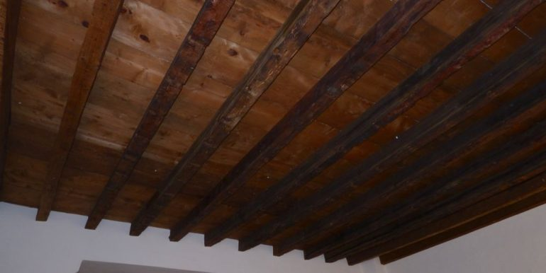 Apartment Dongo Lake Como - ceiling