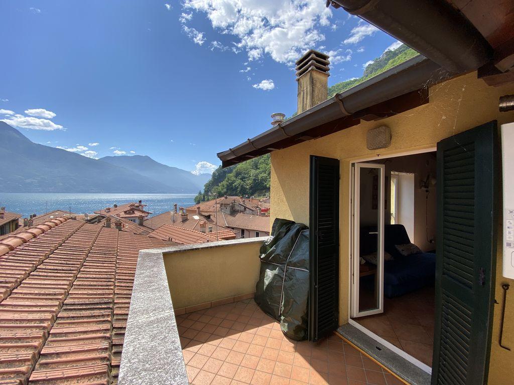Lake Como Apartment with Terrace Dongo