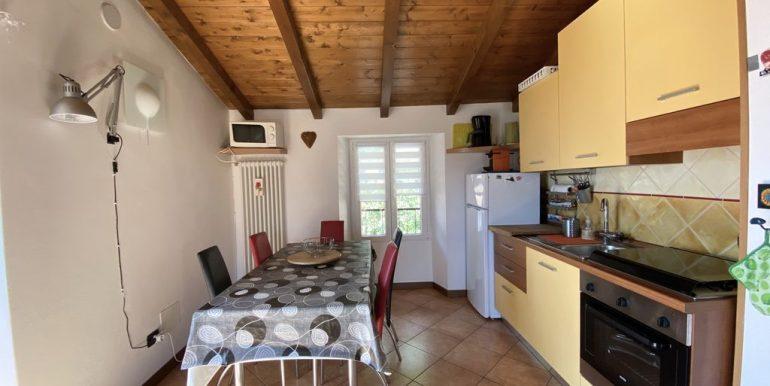 Lake Como Apartment with Terrace Dongo - kitchen