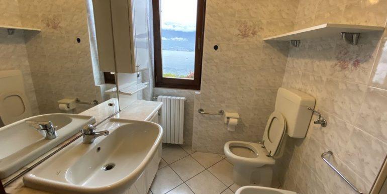 Lake Como Apartment  - bathroom