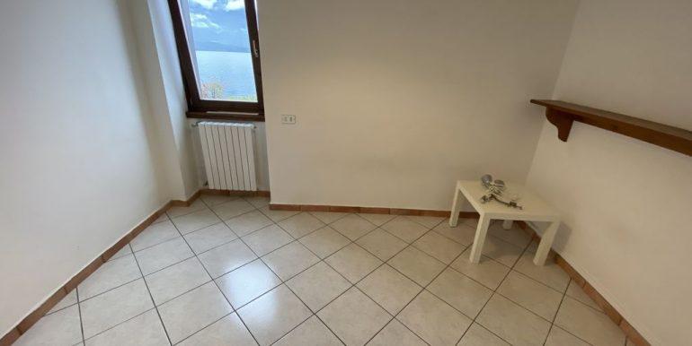 Lake Como Apartment bedroom