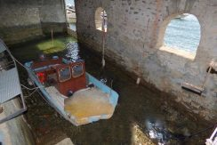 Laglio Apartment covered dock