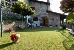 Apartment Gera Lario with Garden Cellar and Garage