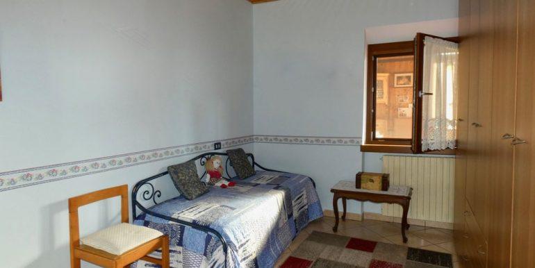 Apartment Gera Lario with Garden parking