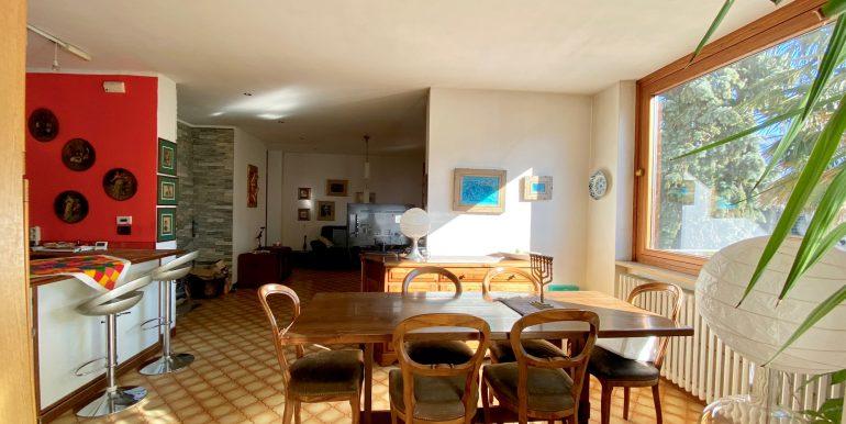 Lake Como Gera Lario Apartment with Terrace - kitchen living