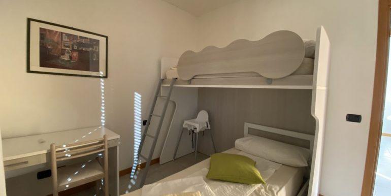 Lake Como Apartment with Swimming Pool Gera Lario  - bedroom