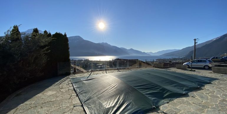 Apartment Gravedona Lake Como  - swimming pool