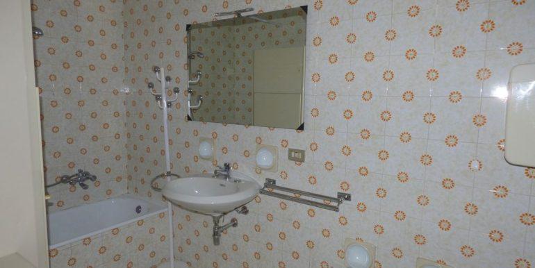 Apartment Gravedona ed Uniti - bathroom