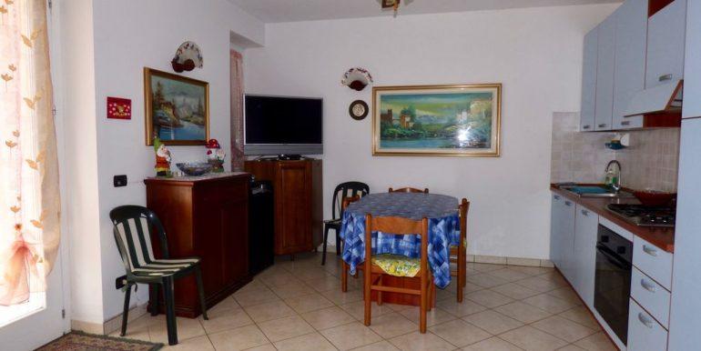 Apartment Gravedona ed Uniti - kitchen