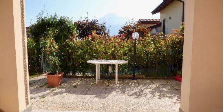 Apartment Gravedona ed Uniti Porch and Garden