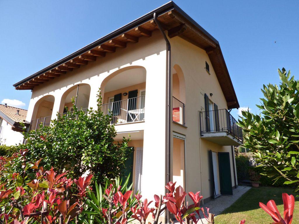 Apartment in Residence with Pool Gravedona ed Uniti