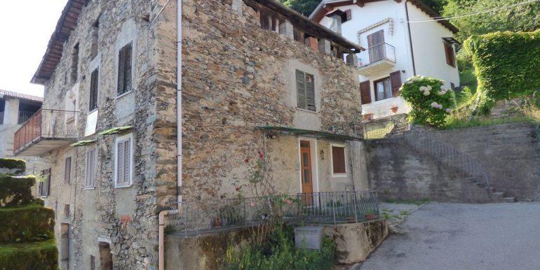 Apartment Gravedona stone house
