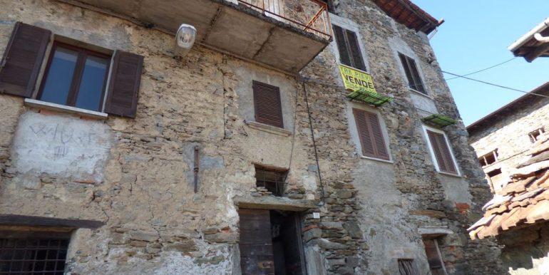 Apartment Gravedona completely to renovate