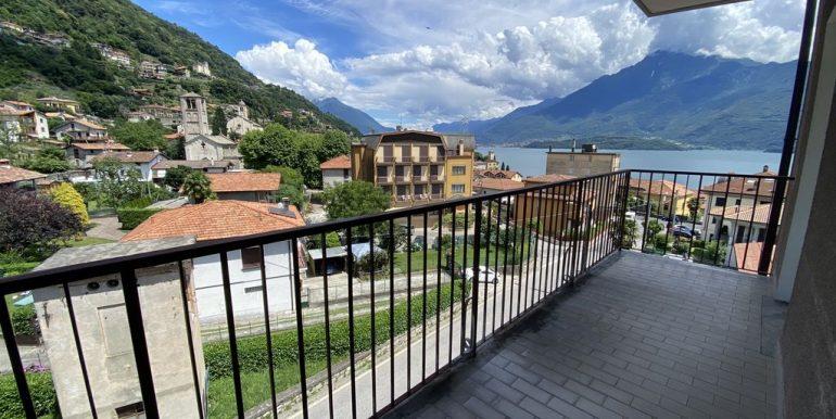 Apartment Gravedona ed Uniti with Terrace and Lake View - sunny