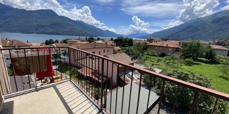Apartment Gravedona ed Uniti with Terrace and Lake View lovely