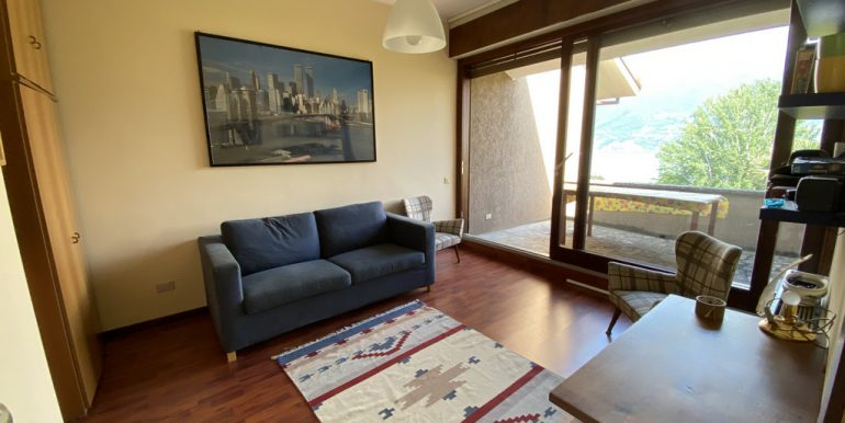 Apartment Menaggio with terrace and lake view - furnished