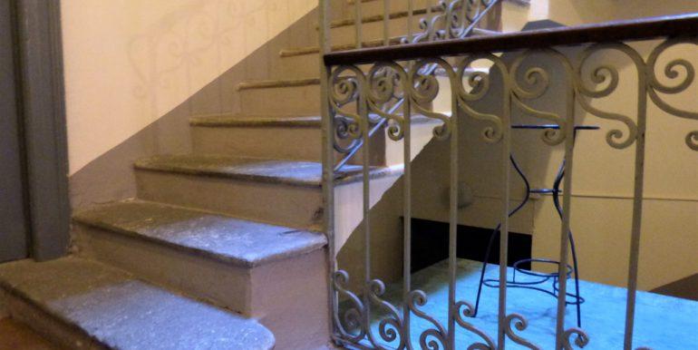 Lake Como Menaggio Apartment - Staircase