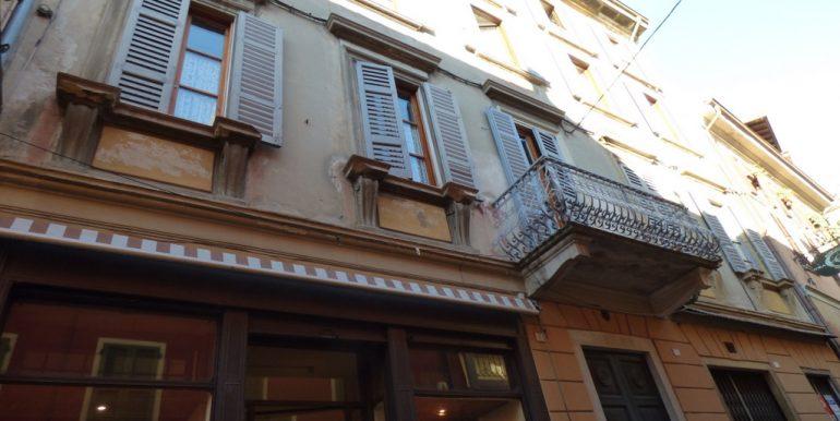 Central building - Menaggio