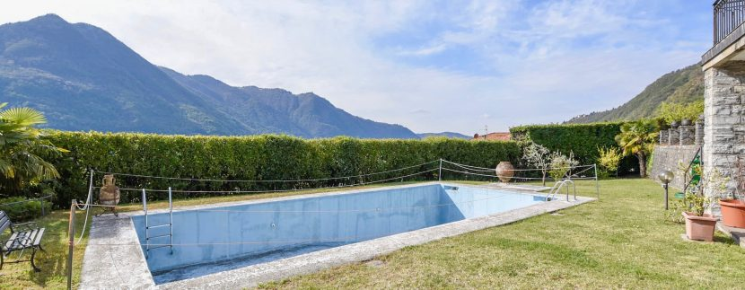 Lake Como Moltrasio Apartment with Pool