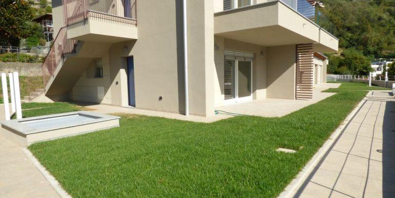 Apartment Lake Como Gera Lario  - private garden