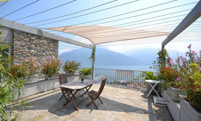 Pianello del Lario Apartment - terrace and lake Como view