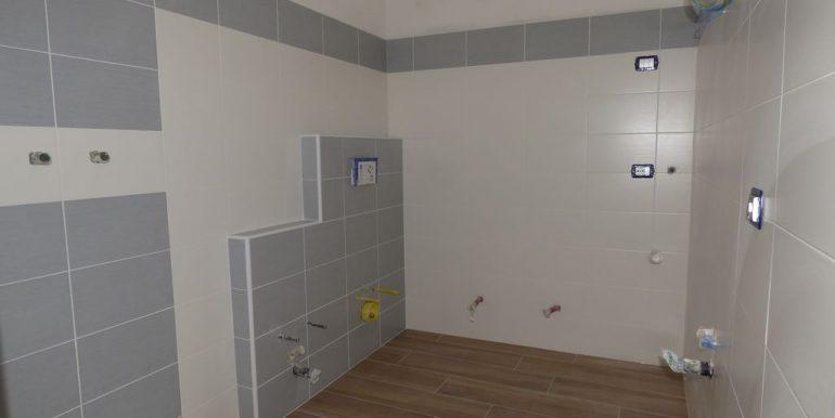 Domaso Apartment - bathroom photo